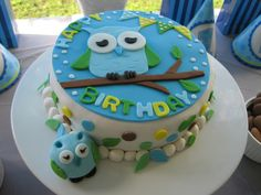 Owl Birthday Cake Could also use as Baby Shower cake for Boy or pink colors for Girl Owl Parties, Owl Birthday Parties, Birthday Party Desserts, First Birthday Party Themes, 1st Boy Birthday, Birthday Ideas, Happy Birthday, Owl Cakes, Cupcake Cakes