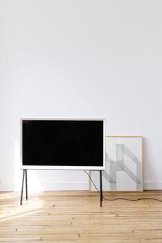 Weißer SERIF TV