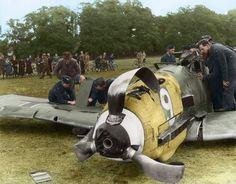 Oberleutnant Karl Fischer's Bf109E-1 (Wn.4851 9+) of 7./Jagdgeschwader 27, after a forced landing near Queen Anne's Gate, Windsor Great Park, Berkshire. 17.00 hrs, 30 September 1940. The mission was a...