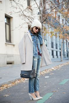 Beanie-Ripped_Jeans-Oversize_Coat-Outfit-Street_Style-70 by collagevintageblog, via Flickr
