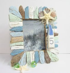 Beach Decor Driftwood & Seashell Frame - Nautical Decor Shell Frame w Buoy Ornament. Seashell Frame, Driftwood Frame, Driftwood Projects, Seashell Crafts, Beach Crafts, Diy Crafts, Painted Driftwood, Beach Frame, Driftwood Beach