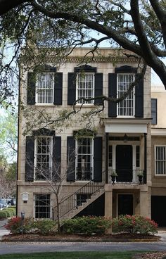 Love this home... www.thechickenmilkmarket.com