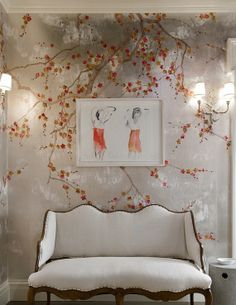 Tiffany Jones Interiors : Design Trends: The Fabulous World of Wallpaper! Chinoiserie Wallpaper, Of Wallpaper, Interior Wallpaper, Metallic Wallpaper, Beautiful Wallpaper, Photo Deco, Traditional Decor, Home And Deco, Home Decor Trends