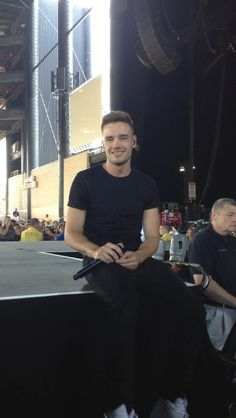 Liam Payne 2013 July 14. I was at that concert!! ♥