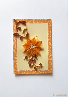 Yellow card with a quilled flower, design cardboard and flat pearls The elegant card is perfect for gift to your friends. With an envelope matching to card colors. Size: 10.5 x 15 cm /4.1 - 5.9 inches/ Package: cellophane envelope, shipping in bubble wrap cover Material: