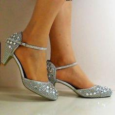 Nuevas damas Brillante Diamante Correa De Tobillo Fiesta Mediados Tribunal  Tacón Bajo Zapato Talla 428 Correas b50318a2812c