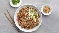 Customize your way. Simply swap out chicken for tofu, shrimp, or a mixture of both. Up your Pad Thai game—use our Veggie Twist & Spiral Slicer to create beautiful veggie curls to place on top. Sauce Sriracha, Soy Sauce, Easy Healthy Recipes, Vegetarian Recipes, Healthy Pad Thai, Epicure Recipes, Clean Eating, Healthy Eating, Spiralizer Recipes