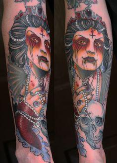 "tattoo elizabeth batory | Elizabeth Bathory"" influenced Elizabeth Bathory, Dark Tattoo, I Tattoo, Labrynth Tattoo, Cosplay Diy, Skin Art, Body Mods, Tattoos With Meaning, New Trends"