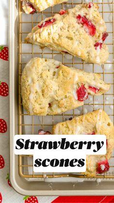 Strawberry Scones, Strawberry Breakfast, Strawberry Dessert Recipes, Recipes For Fresh Strawberries, Strawberry Muffins Healthy, Strawberry Cookies, Fun Baking Recipes, Cooking Recipes, Cupcakes