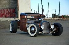 Hot rod Hot rods and Custom cars. Sometimes classic cars but mostly early hotrods and rat rods or custom cars like lowriders. Rat Rod Cars, Hot Rod Trucks, Cool Trucks, Cool Cars, Semi Trucks, Big Trucks, Rat Rod Pickup, Pickup Trucks, Truck Drivers