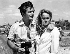 Ursula Andress con il suo primo marito John Derek