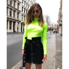 Neon Green Turtleneck Long Sleeve T Shirt Women Streetwear Spring 2019 Trandy Clothing Female Slim Tops Shirts Neon Shirts, Green Turtleneck, Turtleneck Outfit, Green Sweater, Neon Green Outfits, Verde Neon, Fiesta Outfit, Autumn T Shirts, Green Fashion
