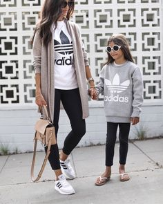 Styles and boulevard footwear apparel, quest our number of modern streetwear sneakers and tennis games shoes. Legging Outfits, Yoga Pants Outfit, Athleisure Outfits, Sporty Outfits, Fall Outfits, Fashion Outfits, Yoga Outfits, Black Outfits, Adidas Outfits For Women