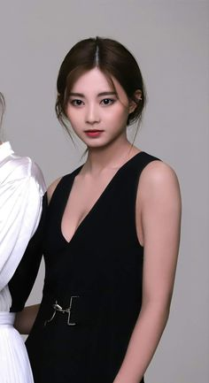 Tzuyu looks so adorable with this outfit - Sexy K-pop Kpop Girl Groups, Korean Girl Groups, Kpop Girls, Korean Beauty, Asian Beauty, Sana Kpop, Jihyo Twice, Chaeyoung Twice, Tzuyu Twice