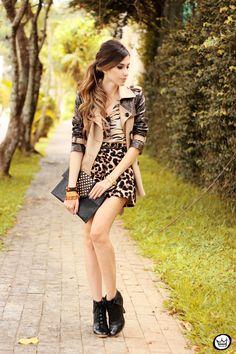 http://fashioncoolture.com.br/2013/12/03/look-du-jour-in-between-days/