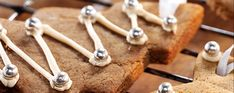 Billington's Christmas gingerbread hanging biscuits - Asda Good Living Cinnamon Powder, Golden Syrup, Tree Shapes, Good Enough To Eat, Christmas Gingerbread, Asda, Melted Butter, Quick Easy Meals, Icing