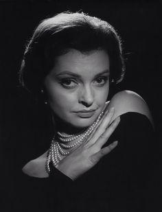 Nadja Tiller, 1959