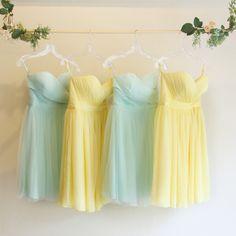 カラーバリエーション・コーディネート。ビーチに映えるイエロー〜グリーンのグラデーションブライズメイドドレス。 #Bridesmaid #Dress #Green #Yellow #Wedding