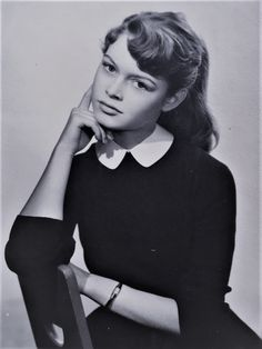 Miss Brigitte Bardot — Young Brigitte Bardot Bridgitte Bardot, Classic Actresses, Hollywood Actresses, Old Hollywood, Hollywood Fashion, Italian Actress, French Actress, Charlize Theron, Brigitte Bardot Young