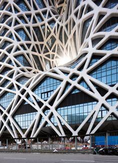 Zaha Hadid Architects, Hotel Morpheus en Macao (China) - Arquitectura Viva · Revistas de Arquitectura