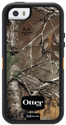 Realtree camo otterbox case for iphone 5s....now if only I could find one for Android...