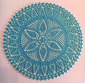 Ravelry: Pineapples and Bells pattern by Karen Steyskal Crochet Doily Patterns, Thread Crochet, Crochet Crafts, Crochet Doilies, Crochet Projects, Table Toppers, Ravelry, Pineapple, Outdoor Blanket