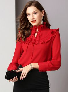 Shop Solid Color Ruffled Collar Pullover Blouse at EZPOPSY. Hijab Fashion, Korean Fashion, Fashion Outfits, Fashion Trends, Blouse Styles, Blouse Designs, Red Frock, African Blouses, Look Office