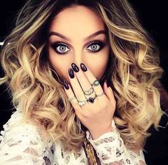 Image via We Heart It #beautiful #beauty #black #blue #blueeyes #curly #eyes #girl #hair #Hot #nails #sweet