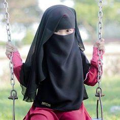 cute niqabi