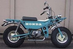 Honda Motra. Best ever moped design, ancestor of the Honda Zoomer