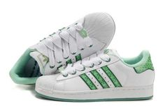 Addidas Shoes <3 so popular back in the day