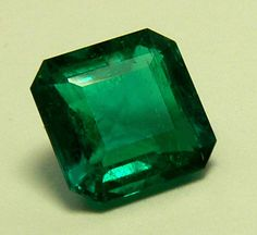 Beautiful Deep Rich Green Columbian Emeralds