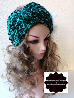 Crochet Santa Hat, Crochet Hats, Crown, Accessories, Jewelry, Fashion, Knitting Hats, Moda, Corona