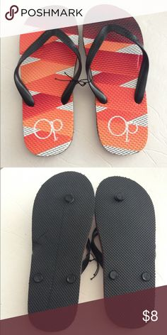 Men's OP flip flop sandals-NWT! *FLAW* Men's OP flip flop sandals-NWT! Has a flaw- left side has a little squished part- but it's still brand new/ never used. Discounted already. Fits a SZ 7-9 best. OP Shoes Sandals & Flip-Flops