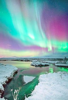 Iceland's aurora borealis - ©Friðþjófur M - www.flickr.com/photos/fiddimar/8422182250/  TO SEE THE NORTHERN LIGHTS