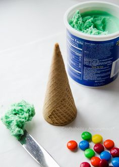 christmas trees made from ice cream cones. Preschool Christmas party craft.