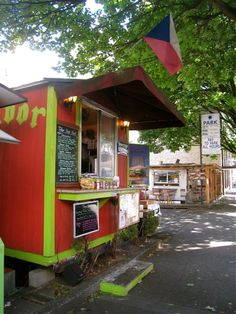 Eating my way through Portland-food-carts. Get the App for your smart phone... Cart Compass PDX - Food carts in Portland.
