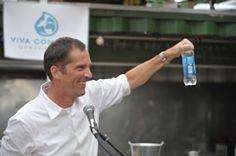 Ökologisch| Viva con Agua Wasser GmbH - Trink' Wasser für Trinkwasser