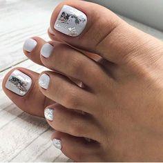 Toenail Art Designs, Fall Nail Art Designs, Pedicure Designs, White Nail Designs, Gel Pedicure, White Pedicure, Pedicure Ideas, Pedicures, Toe Nail Color