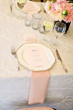 Blush Napkins {Photo by LH Calligraphy and Loverly}