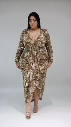 Curvy Girl Outfits, Petite Outfits, Classy Outfits, Thick Girl Fashion, Curvy Women Fashion, Stylish Plus Size Clothing, Plus Size Fashion, Fit Women Bodies, Fantasy Dress