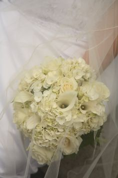 Beautiful White Bridal Bouquet w/ Calla Lily, Roses & Hydrangea by Aria Style / www.ariastyle.com / https://www.facebook.com/AriaStyle / http://instagram.com/ariastyleseattle
