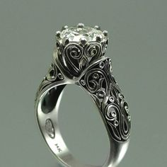 Ohhhh if it had a different stone in it I'd be in love! #Vintage Engagement  #Rings  www.finditforweddings.com