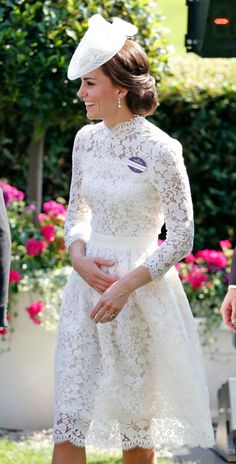 Kate's Style Kate Middleton's Most Expensive Outfits of 2017 - Kate Middleton Fashion 2017 Kate Middleton Outfits, Looks Kate Middleton, Estilo Kate Middleton, Kate Middleton Fashion, Kate Middleton Wedding Dress, Vogue, Princesa Kate Middleton, Expensive Clothes, Princess Kate
