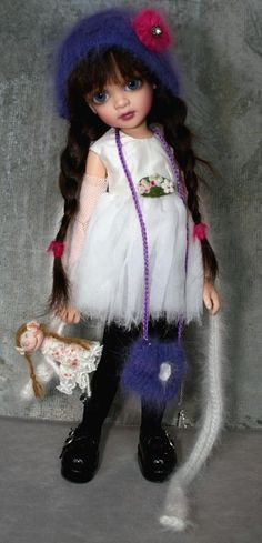 BJD - Lorella Falconi Dolls. GRS says: Love this doll artist. What a little beauty this is