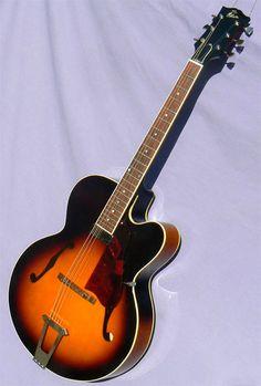 "2015 Gibson 17"" Venetian Archtop Guitar, Guitars, Gibson Electric Guitar, Chet Atkins, Jazz Guitar, Venetian, Music, Musica, Musik"