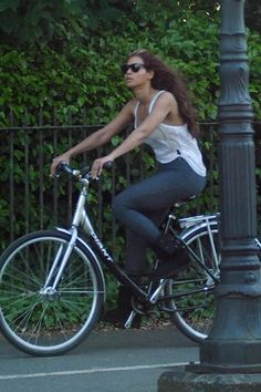 "Beyonce is able to enjoy her free time and keep a low profile by cycling, the singer has confessed. ""It's amazing how I'm able to ride around on a bike. People kind of see it's me but since I'm on a bike, they think, 'No, it's not her.' And by the time they realize it's me, I'm already gone.""    ""It's great to do something normal every day. It keeps me grounded.""  http://saltydogcycling.wordpress.com/category/urban/page/2/"