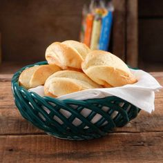"The Pioneer Woman 9"" Bread Basket - Walmart.com"