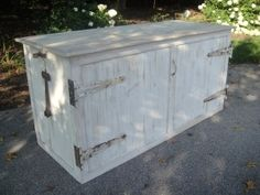 VA Whitewashed Barnwood Bar - Vintage Affairs