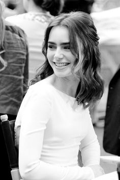 Lily Collins, British Actresses, Actors & Actresses, Kristina Pímenova, Khadra, Celebrity Crush, Celebrity Moms, Celebrity Photos, Celebrity Style